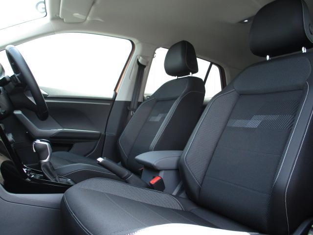 TSI 1stプラス VW純正ナビ ETC バックカメラ ACC 死角検知 後方自動軽減装置 レーンアシスト LEDヘッドライト 障害物センサー パークアシスト ディーラー車 新車保証継承(11枚目)