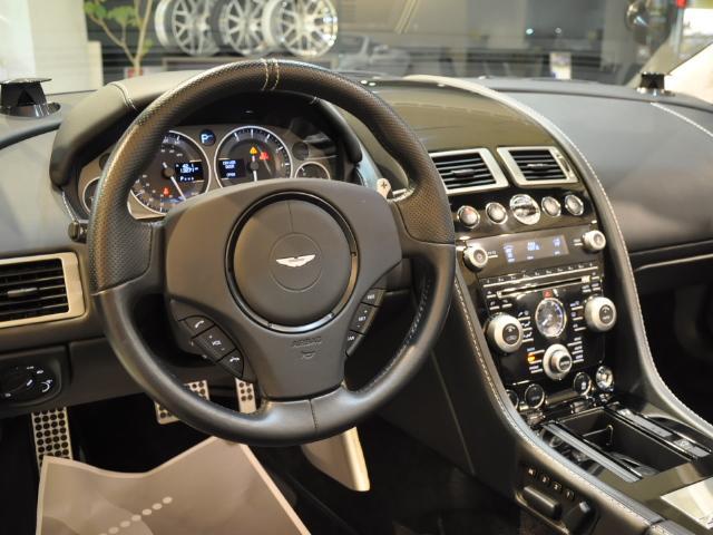「アストンマーティン」「DBS」「オープンカー」「大阪府」の中古車12