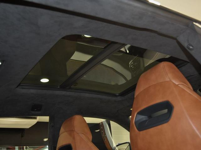 「ランボルギーニ」「ランボルギーニ ウルス」「SUV・クロカン」「大阪府」の中古車10