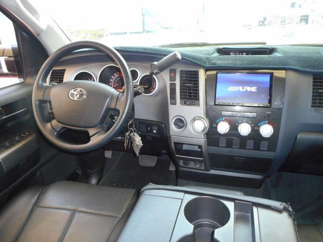 米国トヨタ タンドラ クルーマックス 新車並行 アメリカンフォース 12リフト