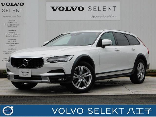 Photo of VOLVO V90 CROSS COUNTRY T5 AWD MOMENTUM / used VOLVO