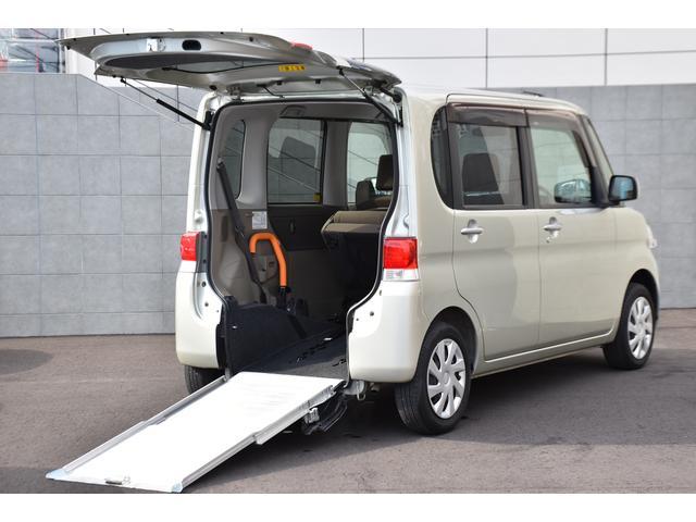 ダイハツ スローパー リヤシート付 車いす電動固定