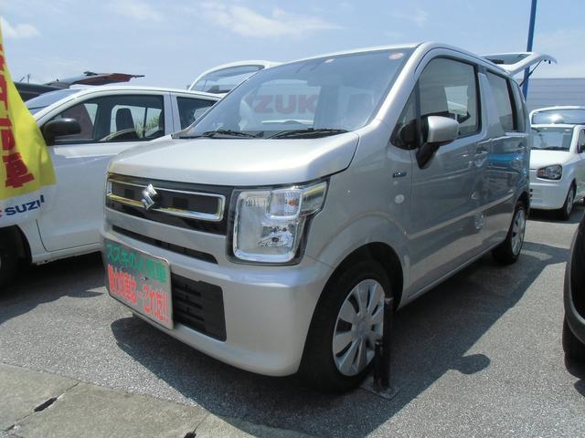 沖縄の中古車 スズキ ワゴンR 車両価格 106万円 リ済別 2020(令和2)年 0.6万km シルキーシルバーメタリック(内装色変更)