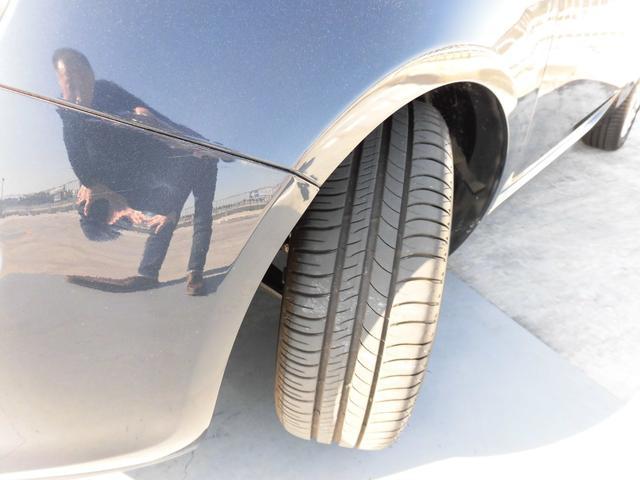1.2 8V ラウンジ 走行距離13700キロ/ボディーガラスコート済/ワンオーナー禁煙車/モッドブルーメタリック(12枚目)
