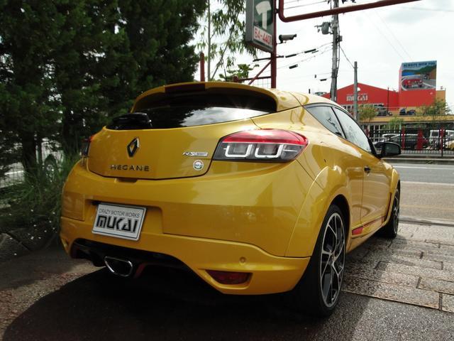 ルノー スポール RS 6MT(4枚目)