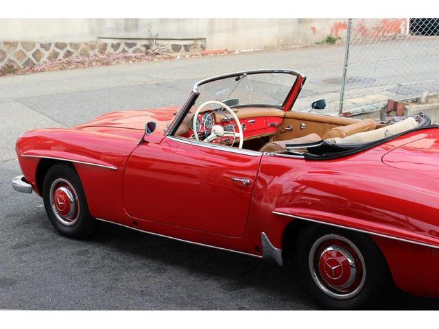 190SL W121 4MT 1960年式 幌張り替え済み(7枚目)