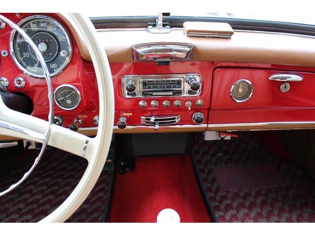 190SL W121 4MT 1960年式 幌張り替え済み(9枚目)