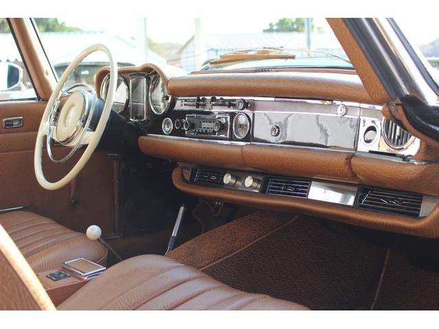 280SL W113 4AT 1969年式 禁煙車(13枚目)