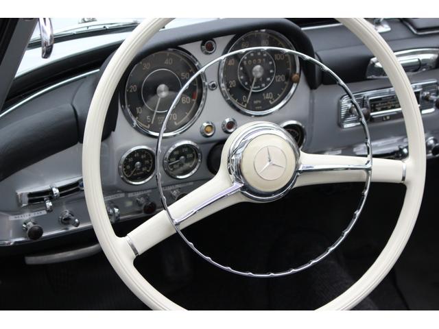 「メルセデスベンツ」「SLクラス」「オープンカー」「兵庫県」の中古車12