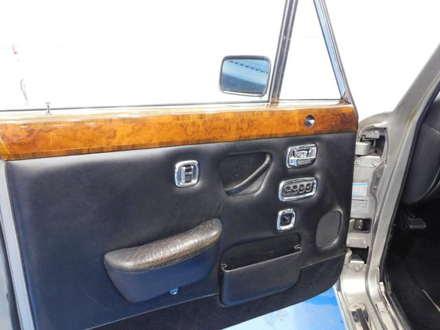 「ロールスロイス」「ロールスロイス シルバーレイスII」「セダン」「鹿児島県」の中古車10
