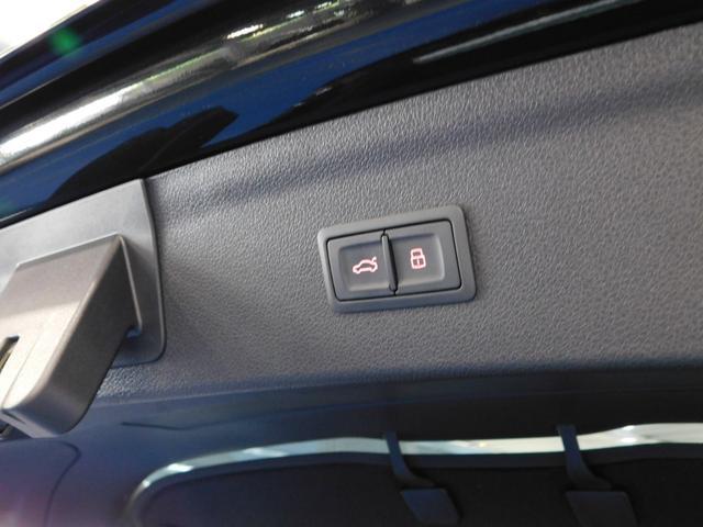 「アウディ」「アウディ Q3」「SUV・クロカン」「鹿児島県」の中古車31