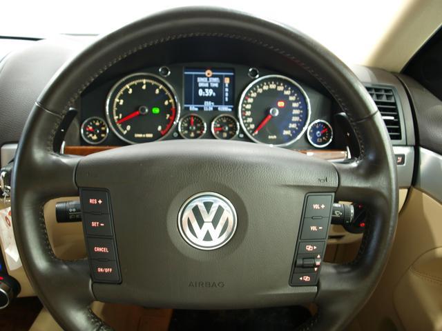 「フォルクスワーゲン」「VW トゥアレグ」「SUV・クロカン」「大阪府」の中古車9