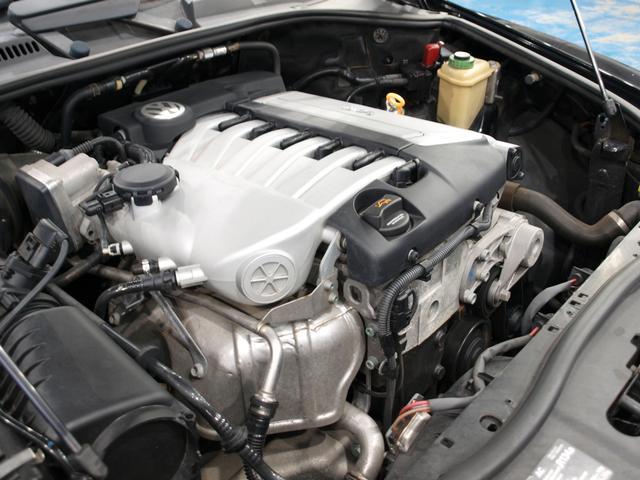 「フォルクスワーゲン」「VW トゥアレグ」「SUV・クロカン」「大阪府」の中古車44