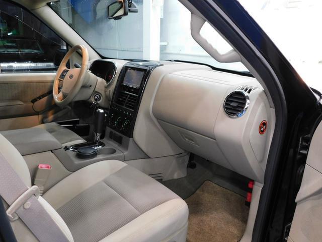 「フォード」「フォード エクスプローラー」「SUV・クロカン」「大阪府」の中古車14