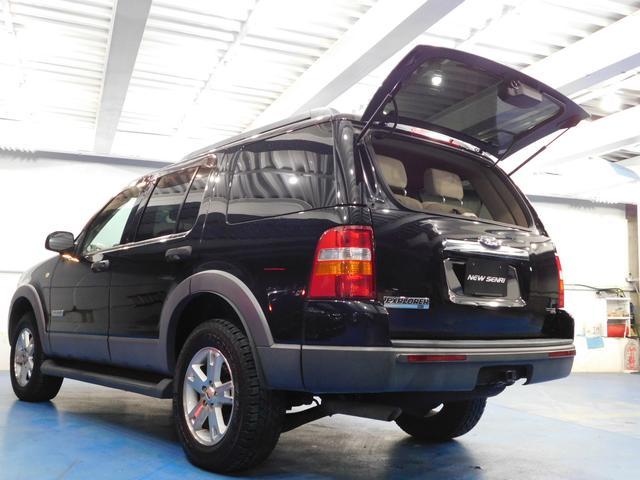 「フォード」「フォード エクスプローラー」「SUV・クロカン」「大阪府」の中古車22