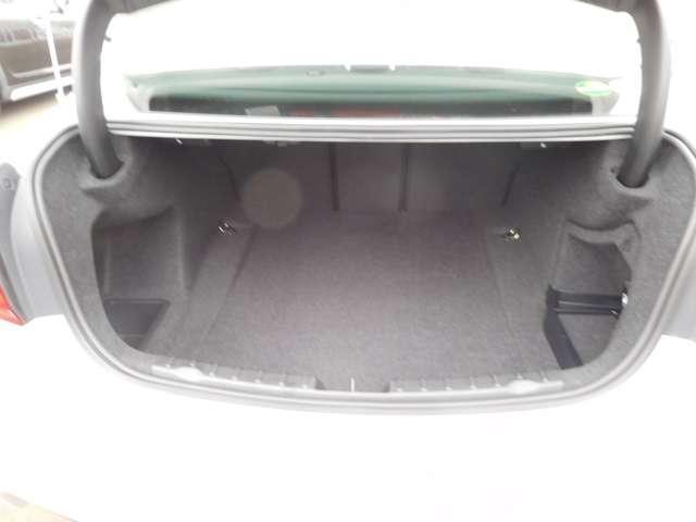 320i xDrive Mスポーツ 当社試乗車(10枚目)