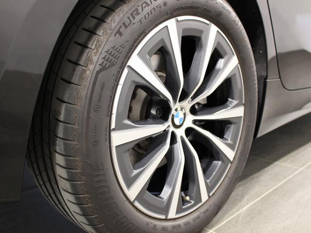 320d xDrive プラスパッケージ 17インチアロイホイール アクティブクルーズコントロール 衝突軽減ブレーキ 車線逸脱 後方検知(11枚目)