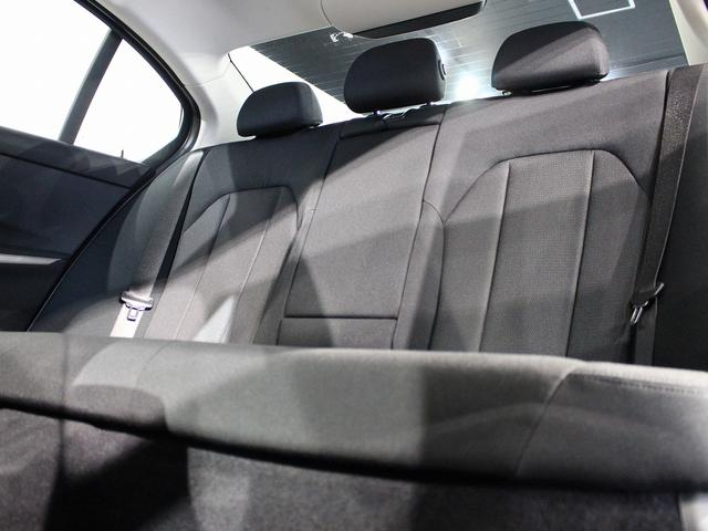 320d xDrive プラスパッケージ 17インチアロイホイール アクティブクルーズコントロール 衝突軽減ブレーキ 車線逸脱 後方検知(63枚目)