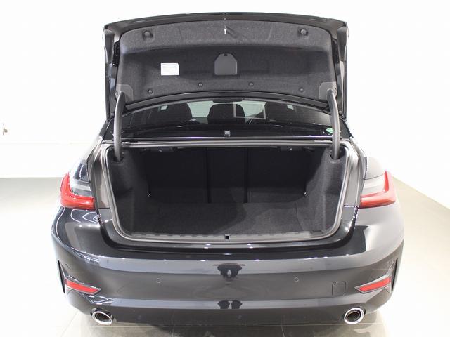 320d xDrive プラスパッケージ 17インチアロイホイール アクティブクルーズコントロール 衝突軽減ブレーキ 車線逸脱 後方検知(72枚目)