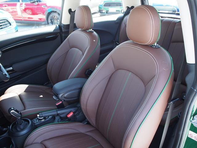 クーパー 3ドア 60周年限定車 専用ダークマロンレザーシート 専用レザーステアリング シートヒーター LEDライトパッケージ ペッパー クルコン 安全装備(4枚目)