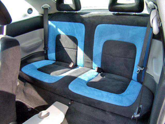 フォルクスワーゲン VW ニュービートル ブルーホエール ワンオーナー 禁煙車 キーレスエントリー