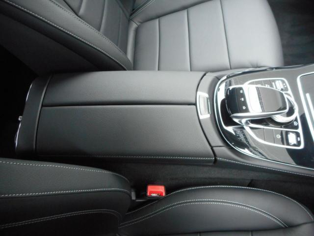 メルセデス・ベンツ M・ベンツ E200Avantgarde レザーパッケージ
