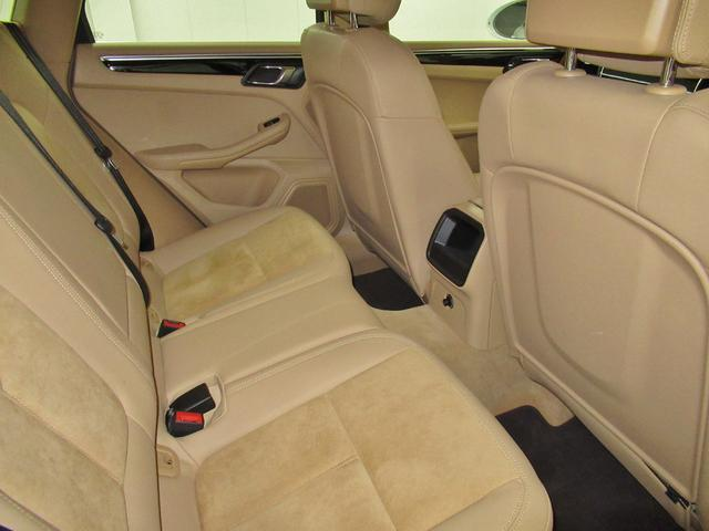 S PDK 4WD 右H 1オーナー 認定中古車保証(18枚目)