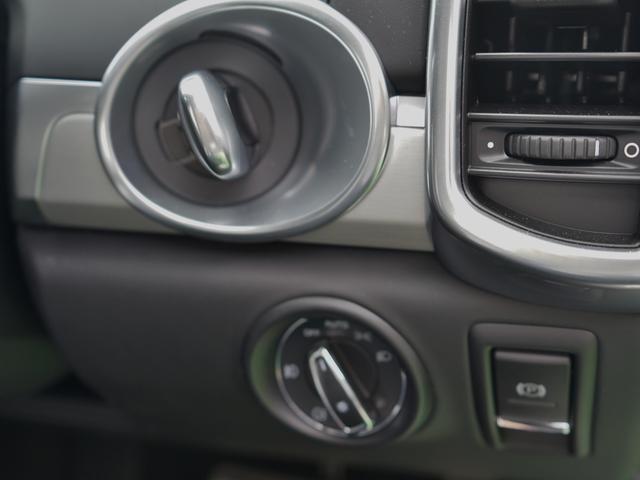 ポルシェ ポルシェ カイエン GTS 新車保証継承32年12月迄 PCM BOSE