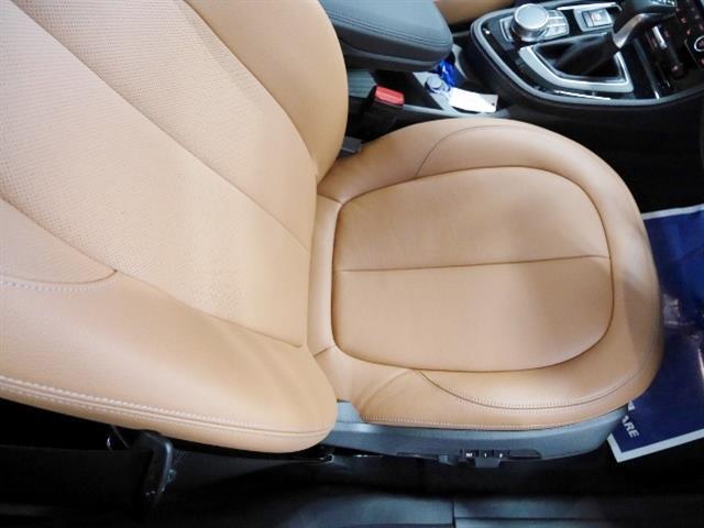 BMW BMW 218iグランツアラー ラグジュアリー 1年保証 新車保証