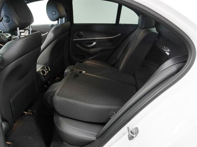 E220 d アバンギャルド スポーツ 4年保証 新車保証(9枚目)