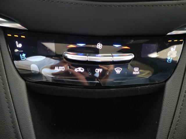 プラチナム・正規ディーラー車・保証付き・レザーシート(7枚目)
