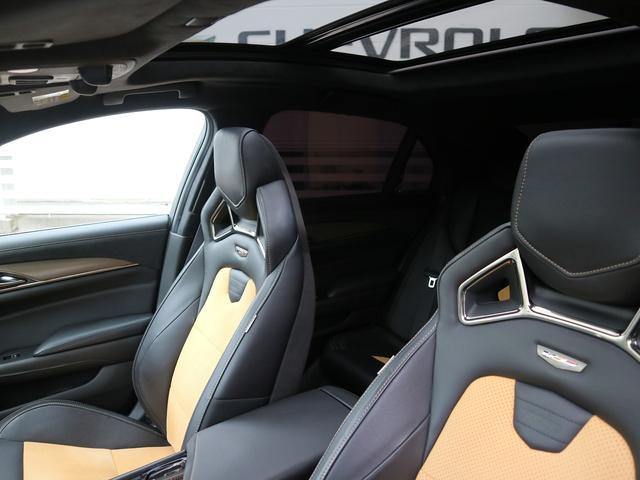 「キャデラック」「キャデラックCTS-V」「セダン」「大阪府」の中古車18