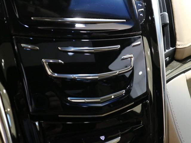 「キャデラック」「キャデラック エスカレード」「SUV・クロカン」「大阪府」の中古車11