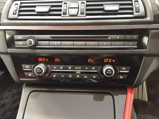 BMW BMW M5赤レザーシートサンルーフ20インチAWシートエアコン