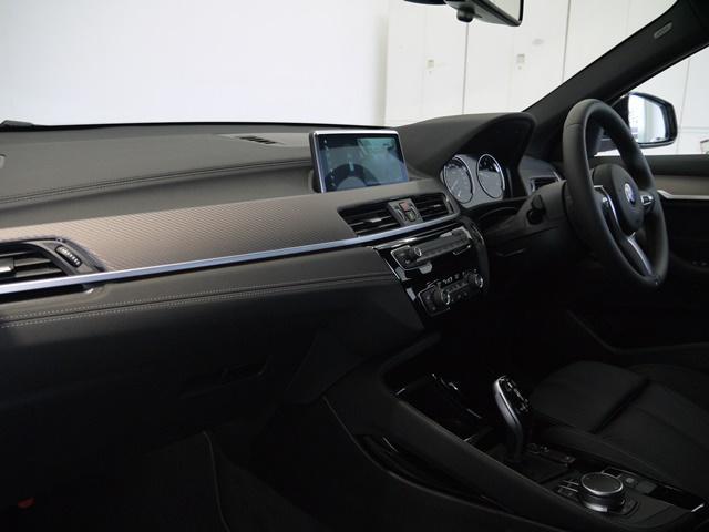 xDrive 18dMスポーツX ハイラインパック禁煙車(12枚目)