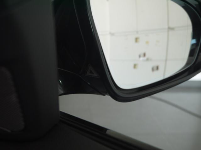 M5認定保証サンルーフLEDヘッドライト黒革右ハンドル(9枚目)