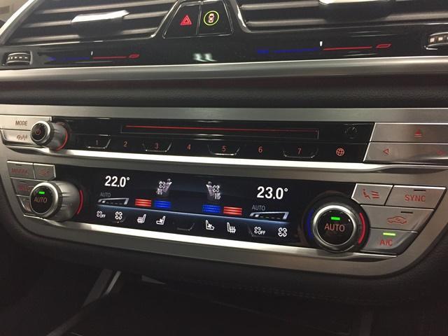 「BMW」「7シリーズ」「セダン」「兵庫県」の中古車33
