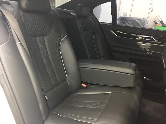 「BMW」「7シリーズ」「セダン」「兵庫県」の中古車80