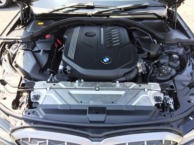 M340i xDrive 高速道路渋滞時ハンズ・オフ・アシスト オイスターレザー パーキングアシストプラス レーザーライト 19インチAW ハーマンカードンスピーカー ヘッドアップディスプレイ  衝突軽減ブレーキ G20(17枚目)