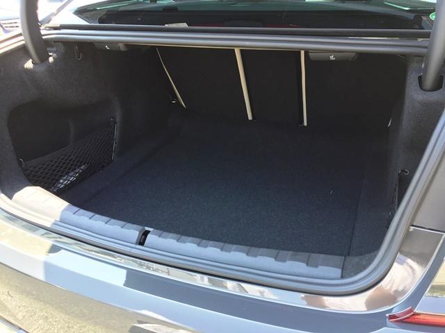 M340i xDrive 高速道路渋滞時ハンズ・オフ・アシスト オイスターレザー パーキングアシストプラス レーザーライト 19インチAW ハーマンカードンスピーカー ヘッドアップディスプレイ  衝突軽減ブレーキ G20(18枚目)