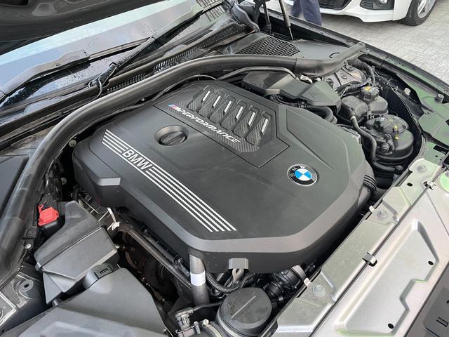 M340i xDrive 高速道路渋滞時ハンズ・オフ・アシスト オイスターレザー パーキングアシストプラス レーザーライト 19インチAW ハーマンカードンスピーカー ヘッドアップディスプレイ  衝突軽減ブレーキ G20(26枚目)