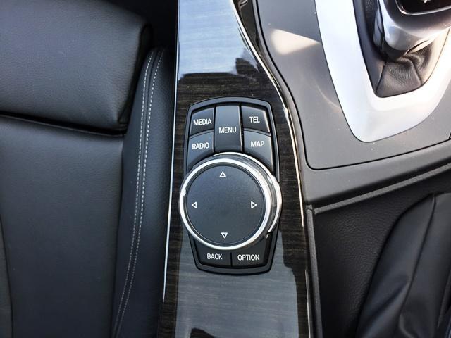 320iツーリング Mスポーツパッケージ 純正HDDナビ ワンオーナー アクティブクルーズコントロール 衝突被害軽減ブレーキ レーンチェンジウォーニング LEDヘッドライト 黒レザーシート ガラスサンルーフ Blurtooth(21枚目)