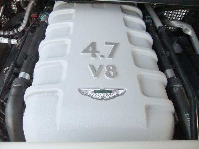 「アストンマーティン」「アストンマーティン V8ヴァンテージ」「クーペ」「大阪府」の中古車26