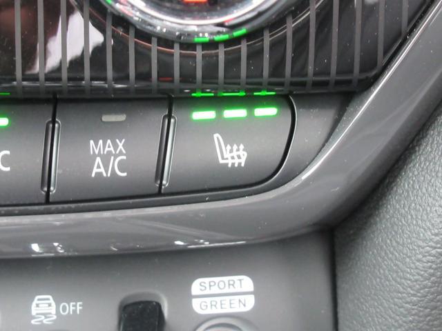 ジョンクーパーワークス クロスオーバー ブラックレザー スポーツシート シートヒーター 電動シート ブラックルーフ アクティブクルーズコントロール ヘッドアップディスプレイ 電動リアゲート 障害物センサー ランフラットタイヤ 19インチAW(14枚目)