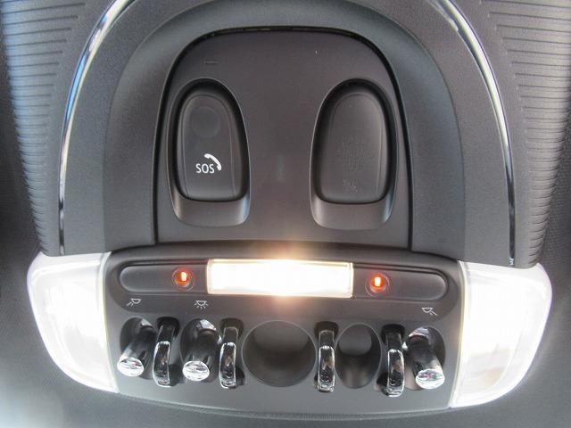 ジョンクーパーワークス アップルPKG ワイヤレスPKG アクティブクルーズコントロール ドライビングアシスト ヘッドアップディスプレイ LEDライト 純正HDDナビ 純正ミラーETC 17インチAW ステンレスペダルカバー(62枚目)