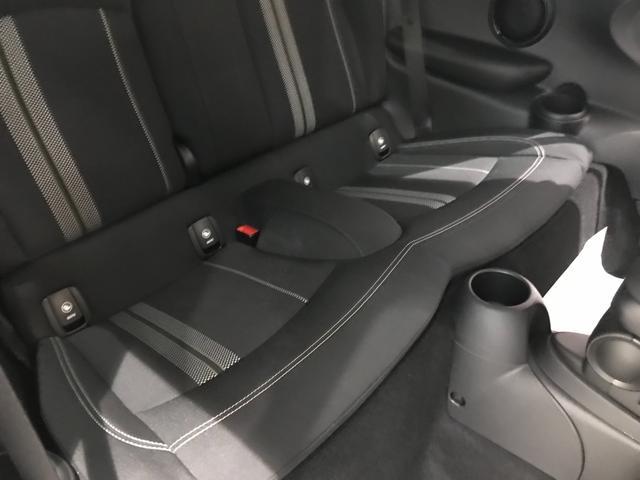 クーパーS オプション17インチAW デジタルPKG ペッパーPKG カメラPKG クロスシート シートヒーター ヘッドアップディスプレイ 社外地デジ アームレスト ホワイトルーフ インテリジェントセーフティ(53枚目)