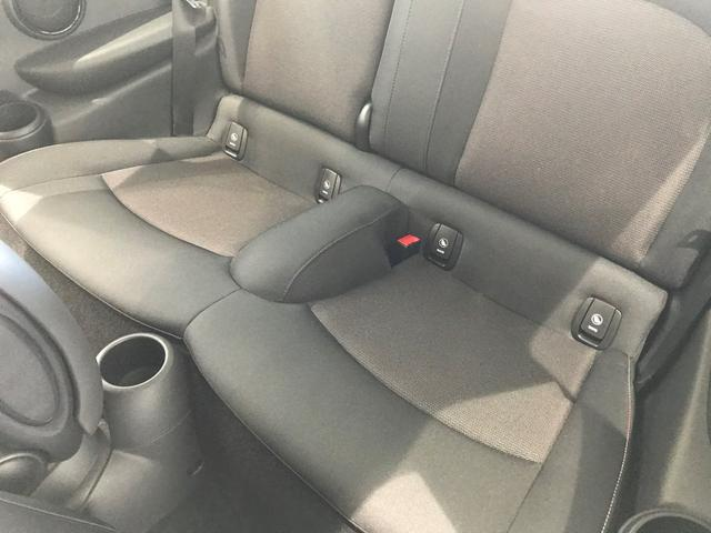 クーパーD 弊社デモカー ペッパーPKG カメラPKG コンフォートアクセス 前後障害物センサー リアカメラ LEDヘッドライト 純正HDDタッチナビ ETC車載器 15インチAW(51枚目)