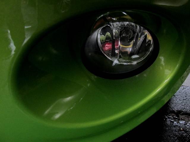 ベースグレード タイヤ4本新品無料 ワンオーナー 禁煙車 ボイスガイド式ETC キーレスエントリーシステム プレミアムカラー 純正アルミホイール 取扱説明書 点検整備記録簿 キーレス機能付きスペアキー有り(24枚目)
