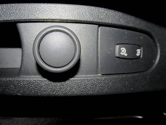 「ルノー」「ルーテシア」「コンパクトカー」「大阪府」の中古車60