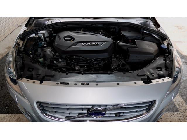 ボルボ ボルボ V60 ドライブe 自動ブレーキ フロントプラスバックアイカメラ
